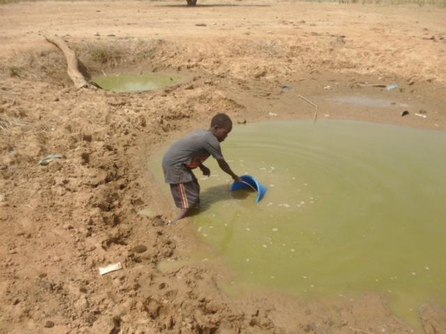 1-POLI 1 OKT 17 (3)gebrek aan water in droog seizoen