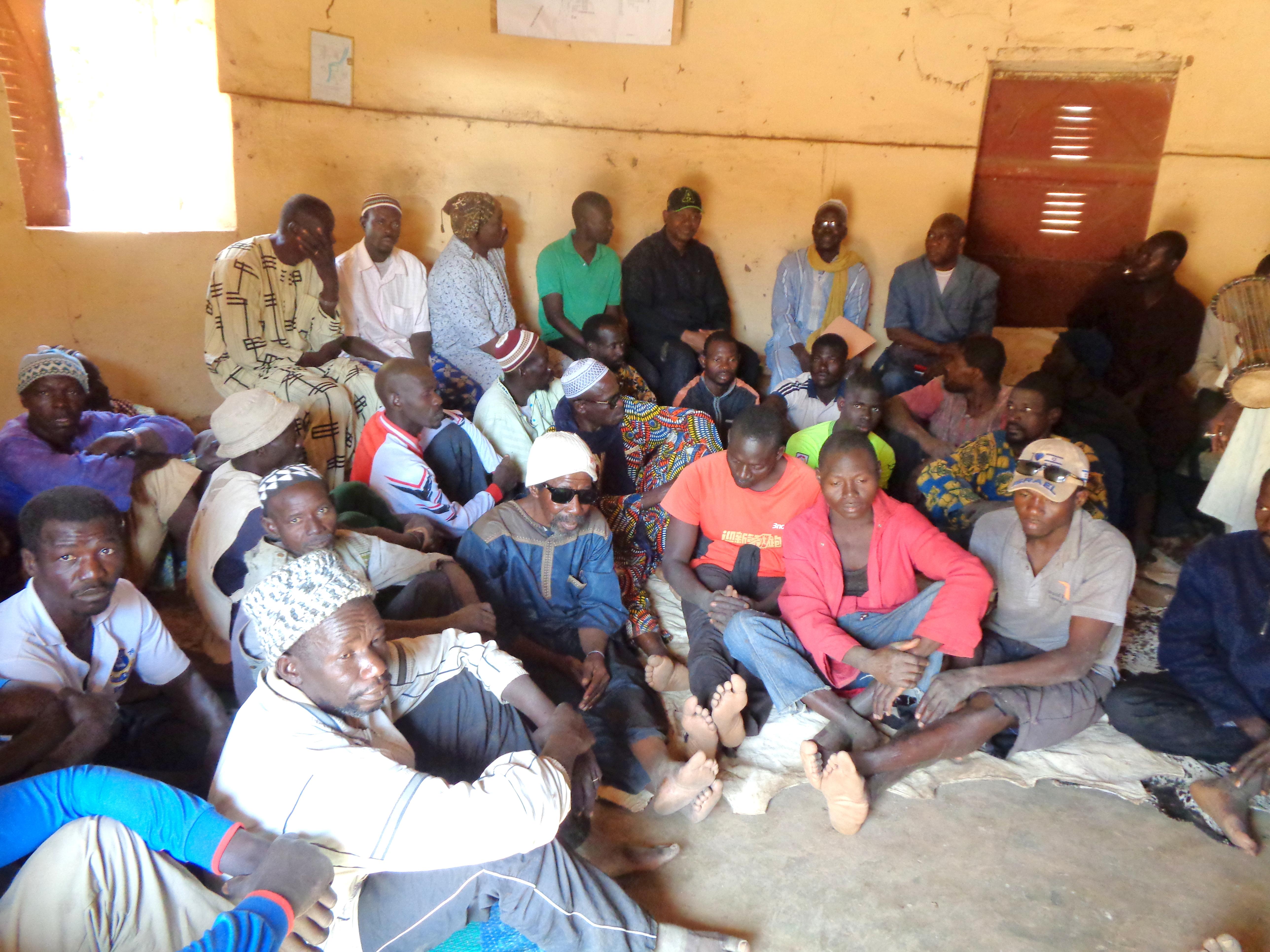 1-Assemblée villeoise à Nana kegneba (3)